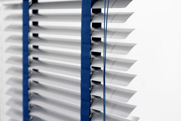 Aluminium slats venetian blind